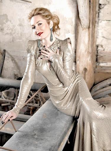 Prinzessin Elna-Margret zu Bentheim elegant und modisch